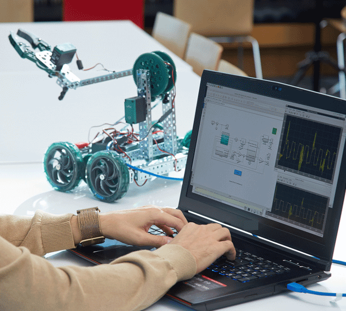 Getting Started with MATLAB and Simulink for VEX Robotics Courseware