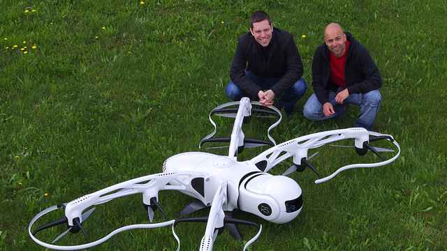 Airnamics Develops Unmanned Aerial System for Close-Range Filming with Model-Based Design
