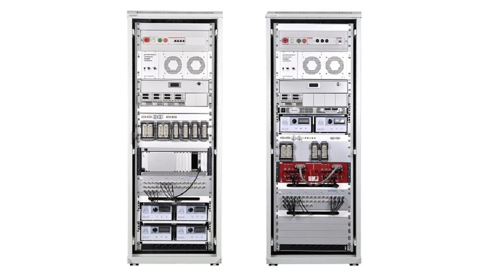 Configuration complète de rack Speedgoat. Cette configuration était utilisée pour automatisée les tests de contrôleurs de tracteur avec des test bench HIL.