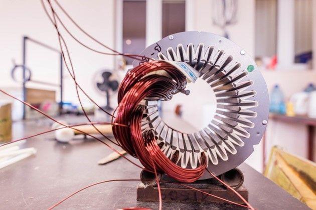 Stator et bobinage d'un moteur électrique de traction
