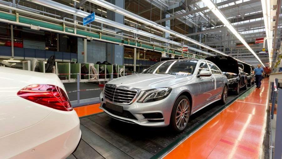 Optimisation des processus de fabrication automobile avec une simulation des systèmes à événements discrets